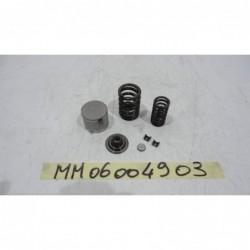 Arredo montaggio valvole furniture fitting valves Moto Morini Corsaro 1200 05 11