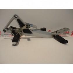 Pedana anteriore sinistra footpeg bracket footrest Honda hornet 600 03 06