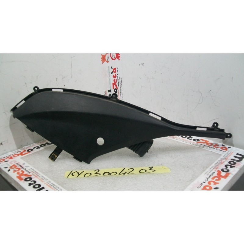 Plastica cover coda sx Tail cover left Kymco People one 125 14 16